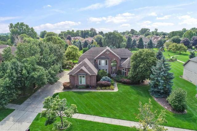 15142 Towering Oaks, Shelby Twp, 48315, MI - Photo 1 of 53