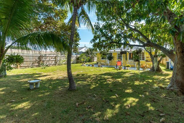 415 W Mango St, Lantana, 33462, FL - Photo 1 of 18
