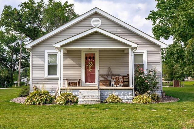 1201 Oak, Greenville, 62246, IL - Photo 1 of 33