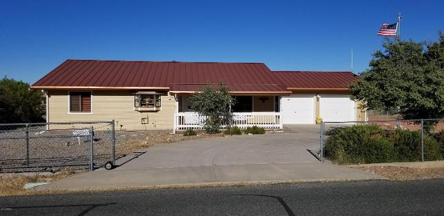 18653 S Aggie Hodge Rd, Peeples Valley, 86332, AZ - Photo 1 of 65