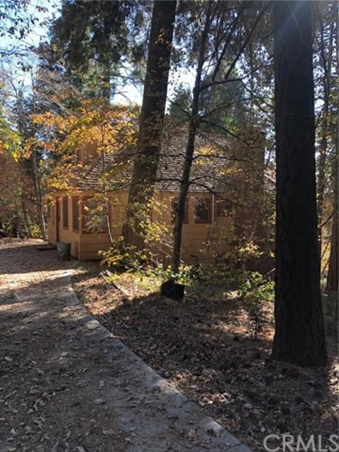 933 Oak Rd, Lake Arrowhead, 92352, CA - Photo 1 of 29